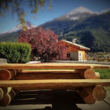 Mobilier en rondin Saint-Jean-de-Maurienne